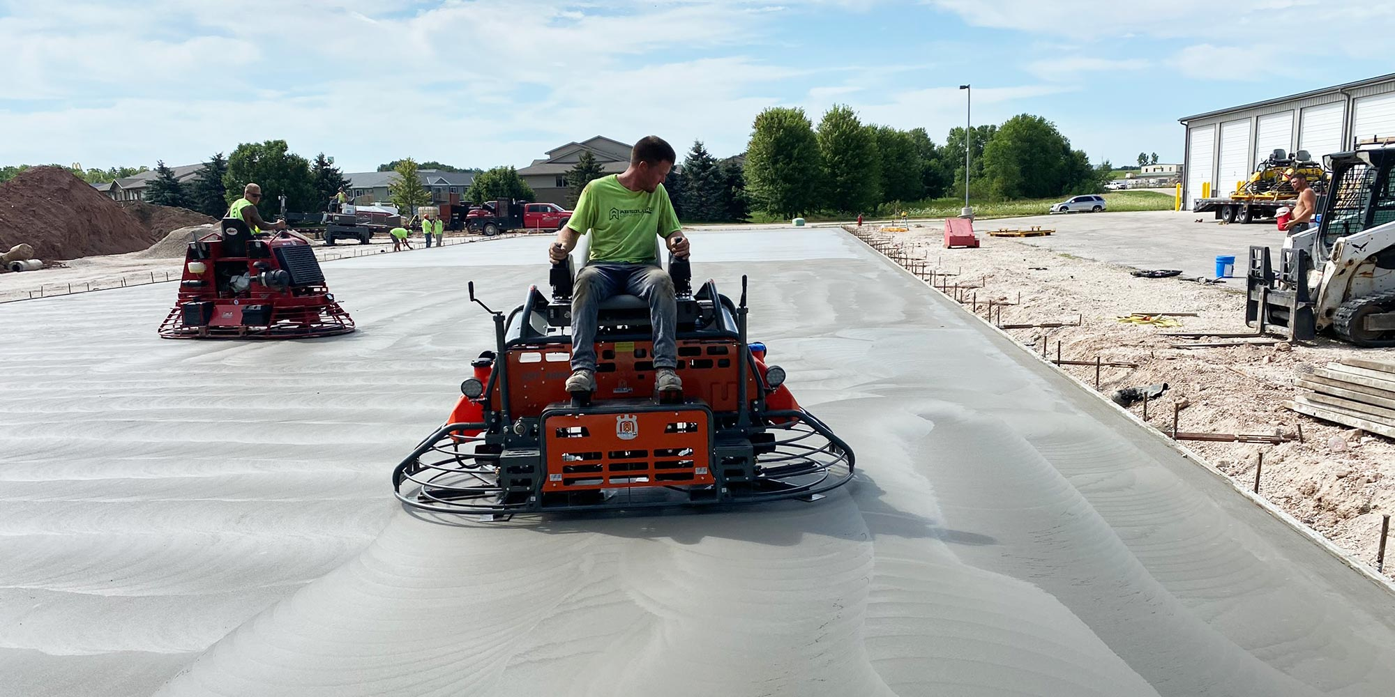 Concrete Contractor Green Bay WI Commercial Flatwork Absolute Concrete Worker